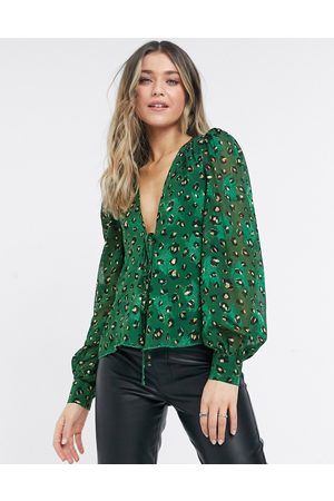 Never Fully Dressed Wrap volume sleeve top set in leopard print