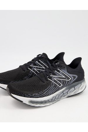 New Balance Fresh Foam 1080 sneakers in and gray