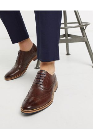 ASOS Brogue shoes in leather with natural sole and color details