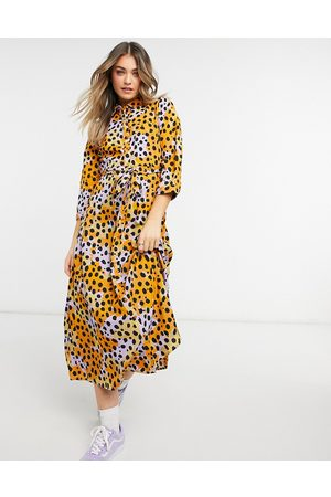 Pieces Maxi shirt dress with tie waist in yellow spot print-Multi