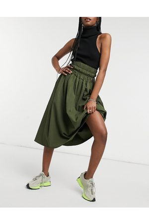 Ghospell Midi skirt with cinched waist in khaki
