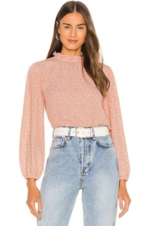 BB Not The Blosso-Me Top in Peach.
