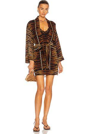 Dundas Wallie Kimono in Brown