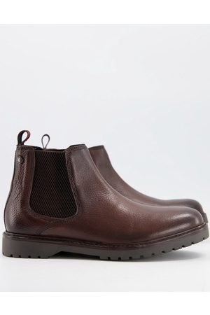 Base London Anvil chelsea boots in in leather