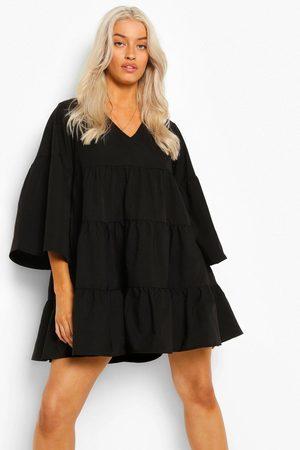 Boohoo Women Dresses - Womens V Neck Tired Smock Dress - - 4