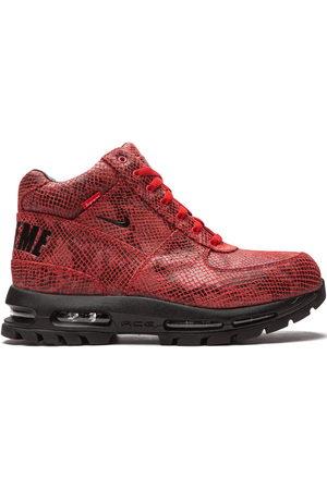 Nike X Supreme Goadome boots