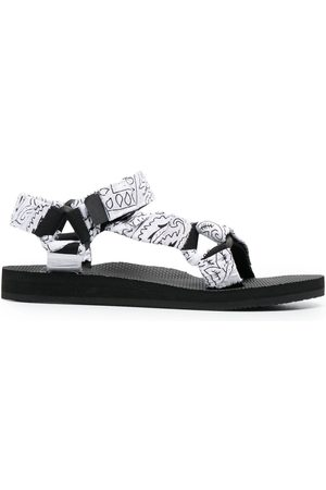 Arizona Love Trekky bandana-print sandals