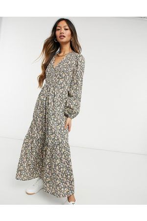 Y.A.S Maxi dress with tiered skirt and volume sleeves in mixed floral-Multi