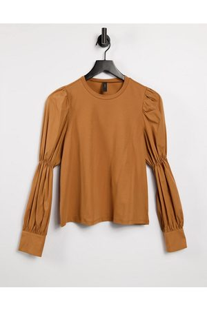 Y.A.S Sweatshirt with shirred sleeves and cuff details in camel