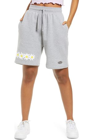 Petals and Peacocks Women's Flourish Daisy Shorts