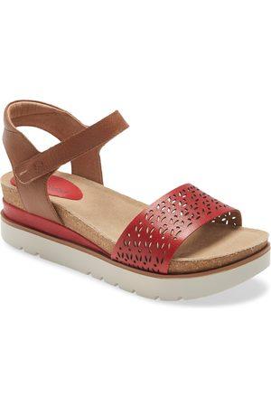 Josef Seibel Women's Clea 09 Platform Sandal