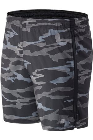 Men Shorts - New Balance Men's Printed Accelerate 7 In Short