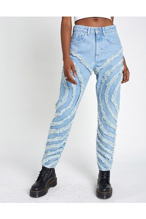 The Ragged Priest Women Jeans - Mom jeans with circle fray panels in light wash
