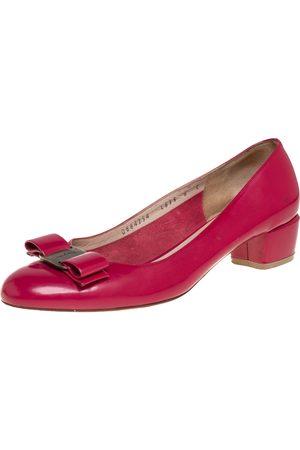 Salvatore Ferragamo Leather Vara Bow Block Heel Pumps Size 38.5