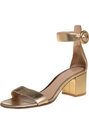 Gianvito Rossi Leather Portofino Block Heel Sandals Size 37