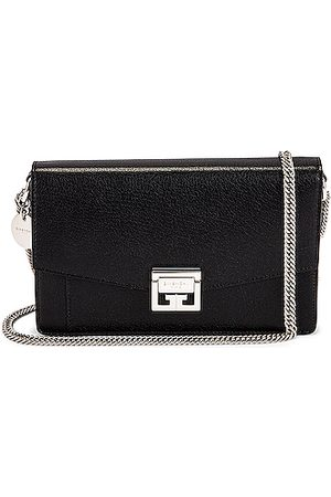 Givenchy GV3 Wallet on Chain in