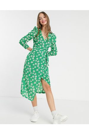 Liquorish Women Casual Dresses - Midi wrap dress in floral print