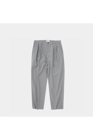 Still By Hand 4 Tuck Slim Tapered Pants Grey