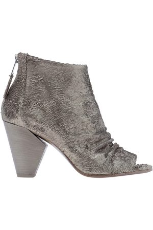 Strategia WOMEN'S A4458SAND GREY LEATHER ANKLE BOOTS