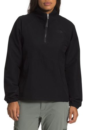 The North Face Women's Class Water Resistant Windbreaker