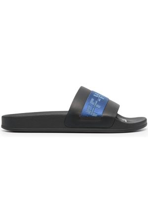 OFF-WHITE Industrial Belt slides