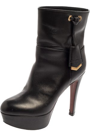 LOUIS VUITTON Leather Platform Ankle Boots Size 36