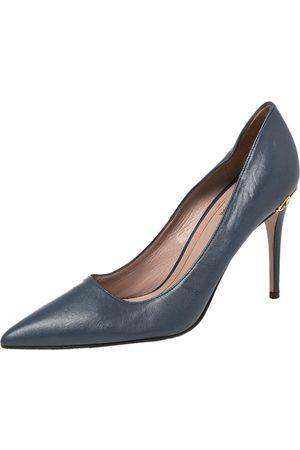 Gucci Leather Adina Horsebit Pointed Toe Pumps Size 36
