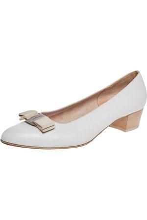Salvatore Ferragamo Leather Vara Bow Block Heel Pumps Size 40.5
