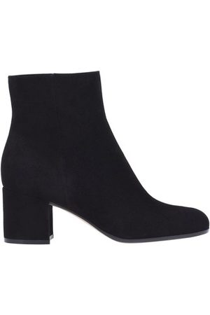 Gianvito Rossi Women Ankle Boots - Margaux boots