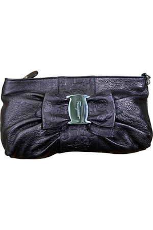 Salvatore Ferragamo \N Leather Clutch Bag for Women