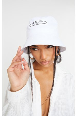 PRETTYLITTLETHING Exclusive Bucket Hat