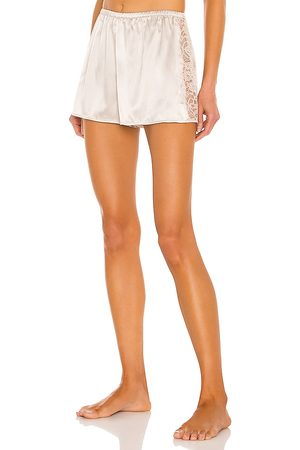 CAMI Lissa Short in Beige.