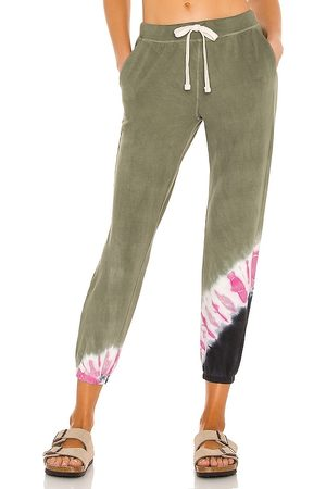 Electric & Rose Pacifica Jogger in Olive,Pink.