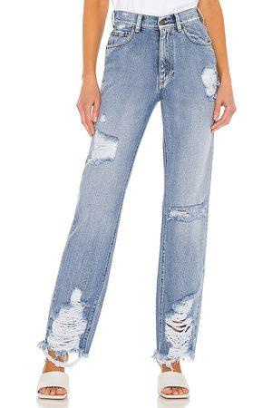 SER.O.YA Maggie Mid Rise Jeans in Blue.