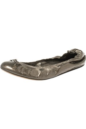 Gucci Metallic Olive Green ssima Leather Scrunch Ballet Flats Size 39.5