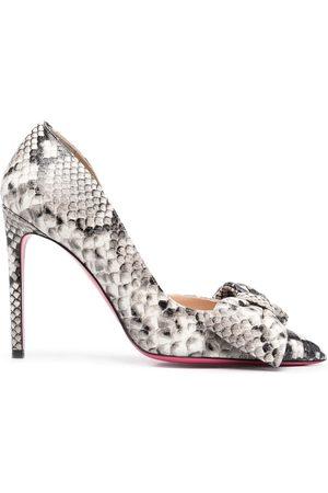 DEE OCLEPPO Snakeskin-effect leather bow pumps - Grey