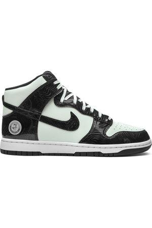 Nike Men Sneakers - Dunk High SE sneakers