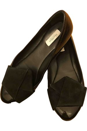 Max Mara \N Leather Ballet flats for Women