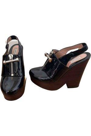 Carven \N Patent leather Mules & Clogs for Women