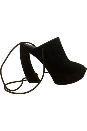 ANN DEMEULEMEESTER \N Suede Mules & Clogs for Women
