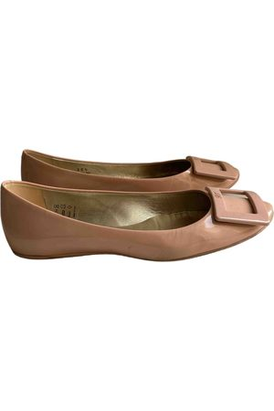 Roger Vivier Gommetine Patent leather Ballet flats for Women