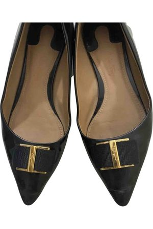 Salvatore Ferragamo \N Leather Ballet flats for Women