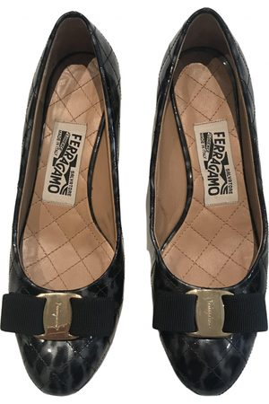 Salvatore Ferragamo Women Ballerinas - \N Patent leather Ballet flats for Women