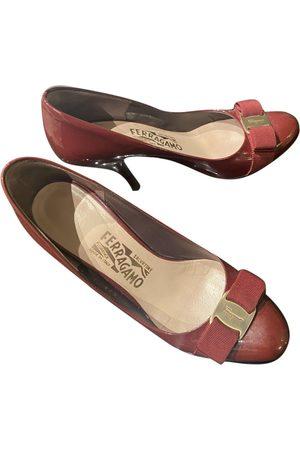 Salvatore Ferragamo \N Patent leather Ballet flats for Women