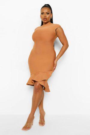 Boohoo Womens Plus Bandage Sculpt Ruffle Hem Mini Dress - - 18