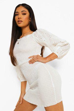 Boohoo Womens Petite Broderie Puff Sleeve Shirred Mini Dres - - 2