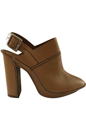 Chloé Leather Mules & Clogs