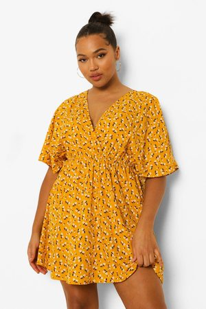 Boohoo Women Printed Dresses - Womens Plus Ditsy Floral Wrap Skater Dress - - 12