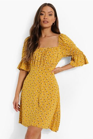 Boohoo Womens Ditsy Floral Square Neck Skater Dress - - 4