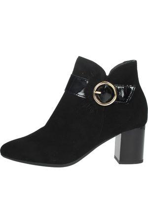 Pitillos Boots Women Camoscio
